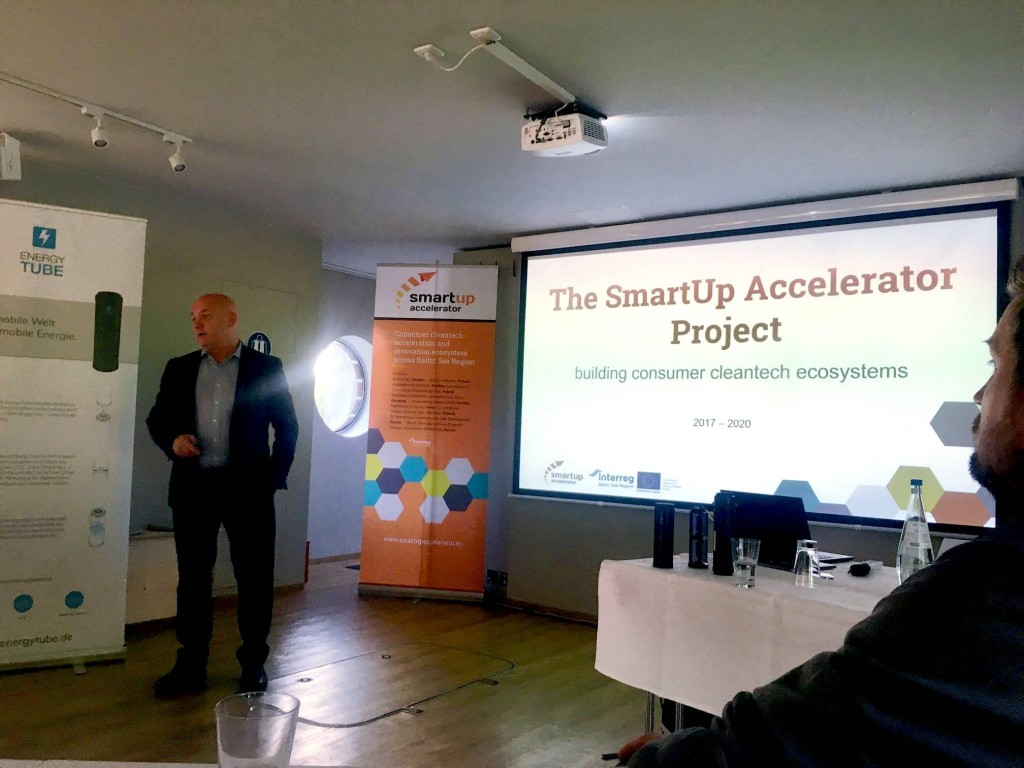 SmartUp Accelerator tour began on a solar-powered ship in Berlin